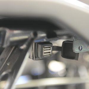 12V Gniazdo zapalniczki + gniazdo USB